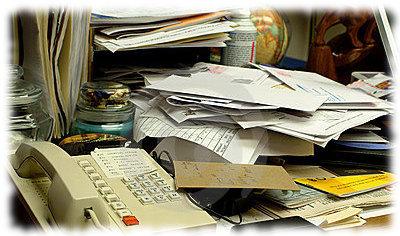 rodet skrivebord